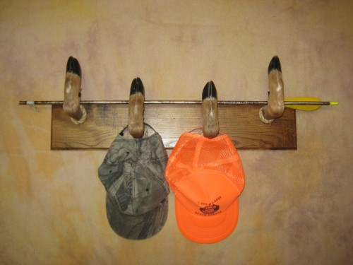 Deer hoof hat rack mount; Aberdeen, South Dakota
